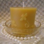 Bee Cylinder Beeswax Candle