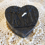 Beeswax Candle Black Egyptian Heart